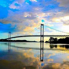 Les comparto esta imagen de mi hermosa #CiudadBolivar #BuenosDias #VenABolivar @Regrann from @revistaesencia1 -  #BuenosDias #GenteLinda  Ya es lunes (de luna llena)  amanecimos contentos agradecidos y llenos de optimismo... Venezuela es el mejor país del mundo y eso es posible porque esta habitado por los mejores... #SeFeliz #AvanzaConAlegria #TransitaElSenderoDelAmor #Regrann