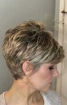 New Short Hairstyles for 2019 - Pixie amp; Bob Haircuts You Will LOVE 35 New Short Hairstyles for 2019 - Pixie amp; Bob Haircuts You Will LOVE - Love Casual New Short Hairstyles for 2019 - Pixie amp; Bob Haircuts You Will LOVE - Love Casual Style Pixie Bob Haircut, Pixie Bob Hairstyles, Short Hairstyles For Thick Hair, Haircut For Thick Hair, Short Hair With Layers, Short Pixie Haircuts, Bob Haircuts, Hairstyles 2018, Natural Hairstyles