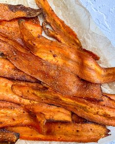 Carrots turned into vegan bacon using my new rice paper bacon marinade! This carrot bacon recipe can be made in under 30 minutes! Carrot Bacon Recipe, Bacon Recipes, Veg Recipes, Delicious Vegan Recipes, Whole Food Recipes, Healthy Recipes, Fake Bacon Recipe, Barbecue Recipes, Barbecue Sauce