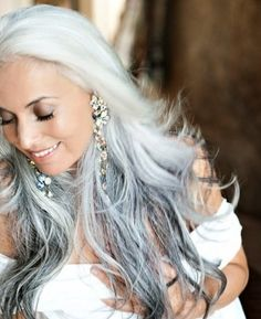 Would love it if my hair did this when it goes white/gray