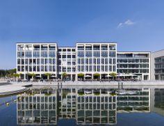 Project: RIVA 1 Bürogebäude, Gastronomie, Penthouses - Schamp & Schmalöer Pent House, Facades, Multi Story Building, Architecture, World, Fine Dining, Arquitetura, The World, Facade