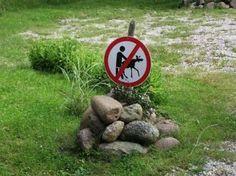 funny-warning-signs-07-620x