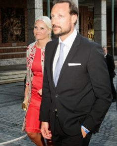 May 14, 2014 Ahead of the 200th anniversary of Norwegian constitution the Royal attended a ceremony at Oslo City Hall