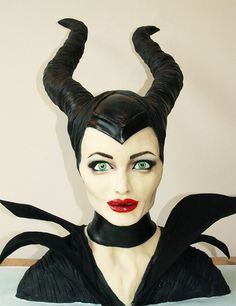 Maleficent-Cake-Tattooed-Bakers2