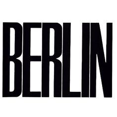 Je n'ai pas encore fini de vous faire partager mes photos et adresses berlinoises mais voici mon avis sur cette ville  J'ai eu un énorme coup de coeur pour cette ville ❤️ Voilà  Je ne l'ai pas trouvé spécialement belle d'un point de vue architectural (disons qu'il n'y pas le charme des immeubles haussmaniens ☺️) mais je l'ai trouvé très intéressante car elle mixe plein de genres et les berlinois sont très ouverts, solidaires et accueillants ❤️ Elle est très cosmopolite en somme…