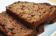 Zucchini Bread made with whole ingredients!  #cleaneating #zucchinibread