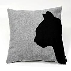 Sofakissen 'black-cat'grau,Dekokissen,Katzenkissen von Boutique für wundervolle Accessoires zum Liebhaben! auf DaWanda.com
