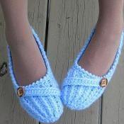 Woman Slipper Crochet Pattern, Anne Lee  - via @Craftsy