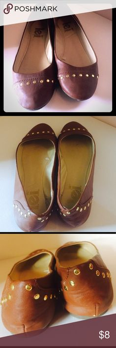Rust brown flats with gold embellishments. Rust brown flats with gold embellishments . Wore around the house a few marks as shown in pictures. Basically new. They were too small for me. lei Shoes Flats & Loafers