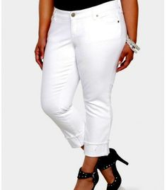 5ffbf091356 TORRID Boyfriend Crop JEANS Plus Size 20 2X WHITE Denim Stretch Frayed  Capris  Torrid