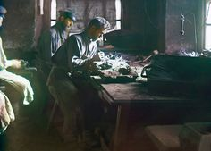 """Molding of an artistic casting (Kasli Iron Works), 1910. From the album """"Views in the Ural Mountains, survey of industrial area, Russian Empire"""""""