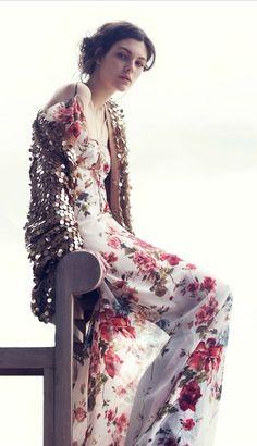 Florals & sparkles