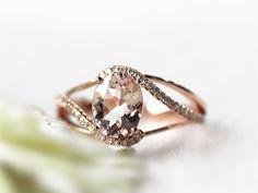 7x9mm Oval Morganite Diamond Wedding Ring in 14K Solid Gold,Splite Shank Ring Morganite Engagement Ring  Dainty Ring Morganite Gem Jewelry