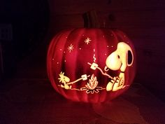 Carved this Snoopy and Woodstock campfire pumpkin! Halloween Pumpkin Carvings, Minion Pumpkin Carving, Pumpking Carving, Pumpkin Carving Stencils Free, Amazing Pumpkin Carving, Free Stencils, Halloween Pumpkins, Fall Crafts, Holiday Crafts