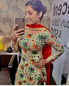 Punjabi dress Punjabi Suit Neck Designs, Patiala Suit Designs, Neck Designs For Suits, Dress Neck Designs, Saree Blouse Designs, Punjabi Fashion, Indian Fashion, Beautiful Girl Body, Beautiful Women