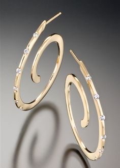 Spirale Diamond Earrings | Adam Neeley Fine Art Jewelry