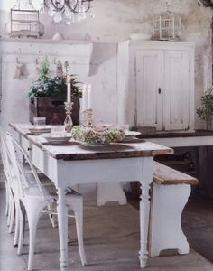 ♕ pretty cottage kitchen, via Moois en Lief