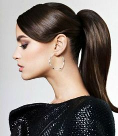 Fancy pony tail high ponytail in 2019 Work Hairstyles, Modern Hairstyles, Ponytail Hairstyles, Teal Hair, Silver Hair, Fancy Ponytail, Magic Hair, Cut Her Hair, High Ponytails