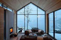 Reiseziele BALESTRAND cabin interior - living room - interior room V Home Design, Interior Design, Cabin Design, Cabin Interiors, Small Living Rooms, Modern Living, Living Room Interior, Kitchen Interior, Modern Cabin Interior