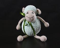 by crochettoydream Unusual Things, Handmade Toys, Handmade Ideas, Amigurumi Toys, Cute Bunny, Crochet Toys, Hand Knitting, Gifts For Kids, Halloween Decorations
