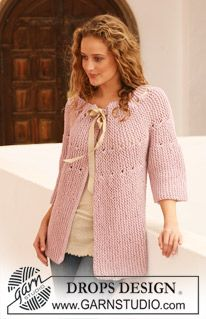 """DROPS  111-28 jacket knitted from side to side in garter st in """"Ice"""". Size S - XXXL. ~ DROPS Design"""