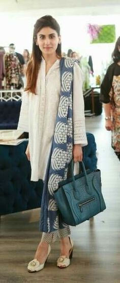 yet elegant indian white kurta with blue combination Indian Attire, Indian Wear, Indian Dresses, Indian Outfits, Chic Outfits, Fashion Outfits, Womens Fashion, Office Outfits Women, Desi Wear