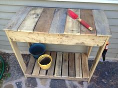 Pallet turned potting bench