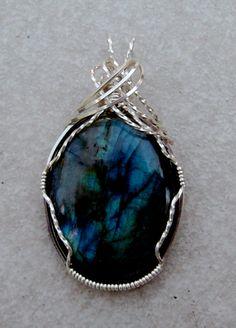 Labradorite Wire Wrap Pendant.