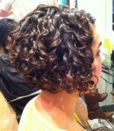 mjhair - graduated curly bob