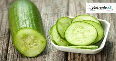 Uhorky súštvrtou najpestovanejšou zeleninou na svete a sú známe ako jedna z najlepších potravín pre naše zdravie. Vtomto období je práve ich sezóna, tak neváhajte a doprajte si ich. Cucumber Onion Salad, Cucumber On Eyes, Nutritional Value Of Cucumbers, Cucumbers And Onions, Summer Side Dishes, Salad Dressing Recipes, Apple Cider Vinegar, Summer Salads, Side Dish Recipes