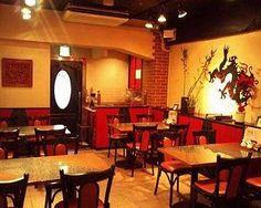リトルドラゴン(静岡市/中華料理) 店内には大きなドラゴン!雰囲気を盛りたてます