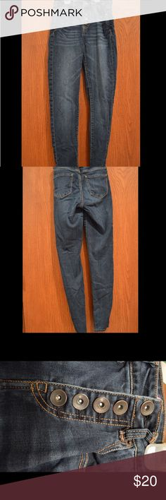 """Tokyo Darling Jeggings (Aeropostale) High waisted jeggings. 5 button up with 5 pockets, hardly worn. No holes in pockets or jeans. Size 2.  Inseam measured at 31"""".  NO TRADES!  #41 Aeropostale Jeans Skinny"""