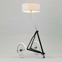 Berlin based StW-design created a project called BERLIN-RE-CYLING. It consists of an upcycle design lamp collection made out of bicycle parts.
