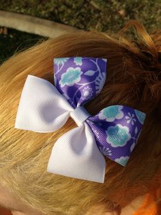 Purple floral and white Boutique Hair bow infant/toddler. $2.50, via Etsy.
