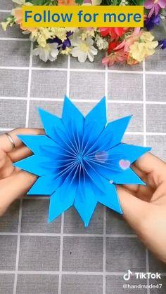 Cool Paper Crafts, Paper Flowers Craft, Flower Crafts, Creative Crafts, Diy Crafts, Instruções Origami, Paper Crafts Origami, Diy Lace Ribbon Flowers, Blue Flowers