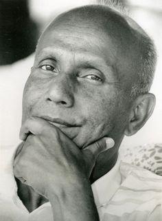 Portrait of Sri Chinmoy in b/w Meditation Music, Dalai Lama, Wisdom, Portrait, People, Google Search, Poet, Spirituality, Artists