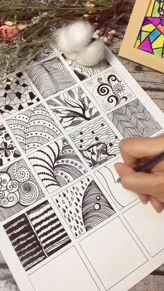 Art Drawings Sketches Simple, Art Drawings For Kids, Drawing Ideas, Doodle Art Drawing, Zentangle Drawings, Zentangles, Arte Sharpie, Doodle Art Designs, Zen Doodle Patterns