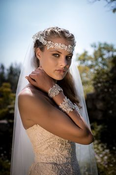 Bridal accessories by Nymphi design - Love4Wed