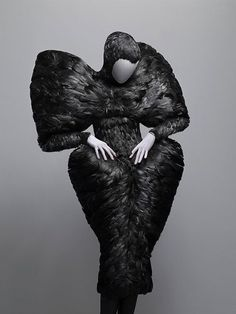 Alexander McQueen: Savage Beauty   V&A   March 14th - August 2nd