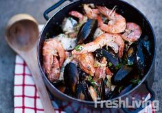 Quick West Coast Seafood Potjie (With black mussels, prawns, and firm white fish fillets). Braai Recipes, Fish Recipes, Seafood Recipes, Cooking Recipes, Cooking Fish, Oven Recipes, Meal Recipes, Yummy Recipes, South African Dishes