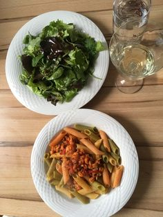 pasta tricolore with crayfish, lettuce with french dressing French Dressing, Secret Recipe, Lettuce, Pasta, Recipes, French Dip Sauce, Recipies, Ripped Recipes, Cooking Recipes