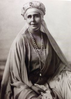 Queen Marie of Romania wearing the diamond and sapphire kokoshnik which once belonged to Grand Duchess Vladimir