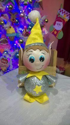 Christmas Yard Decorations, Christmas Crafts, Xmas, Christmas Ornaments, Holiday Fun, Holiday Decor, Theme Noel, Christmas Paintings, Elves