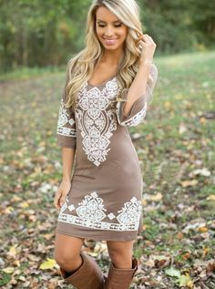 Boho chic summer dress bohemian style hippie fashion - ropa - Another! Hippie Mode, Hippie Style, My Style, Gypsy Style, Folk Style, Girl Style, Boho Chic, Chic Chic, Bohemian Summer Dresses