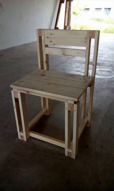 handmade-pallet-kids-chair.jpg (960×1600)