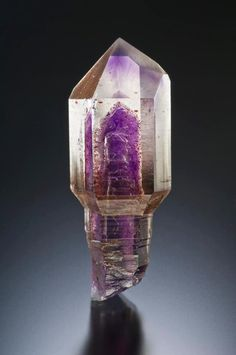 quartz sceptre with amethyst phantom inclusion
