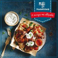 Ετοιμαζόμαστε για την Τσικνοπέμπτη με ένα φαγητό, που μας ξυπνάει αναμνήσεις: Γιαουρτλού κεμπάπ με γαλοτύρι στη Συνταγή της Εβδομάδας και μόνο στα ΑΒ. #MadeWithAB  Συστατικά  4 Μερίδες   8 πίτες για σουβλάκι (για το κεμπάπ) 2 συσκευασίες συσκευασίες κεμπάπ (για το κεμπάπ) 200 g στραγγιστό γιαούρτι, πλήρες (για το κεμπάπ) 150 g γαλοτύρι (για το κεμπάπ) 1 κουτ. σούπας μαϊντανός (για το κεμπάπ) 300 g χυμός τομάτας (για τη σάλτσα τομάτας) 100 ml νερό (για τη σάλτσα τομάτας) 1 σκελίδα σκελίδα… Vegetable Pizza, Vegetables, Recipes, Food, Essen, Vegetable Recipes, Meals, Ripped Recipes, Eten