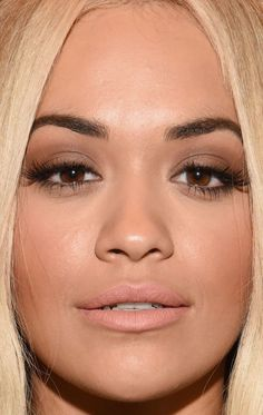 Close-up of Rita Ora at the Vera Wang Spring 2016 show. http://beautyeditor.ca/2015/09/21/best-beauty-looks-bella-thorne