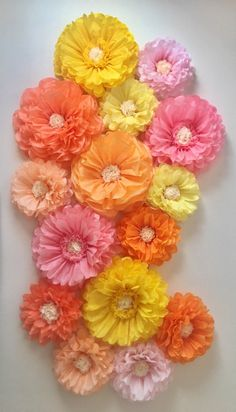 Tissue Paper Flowers Discover Tissue paper flower wall for nursery and home decor baby showers bridal showers birthday parties and store window displays Paper Flowers Wedding, Tissue Paper Flowers, Paper Flower Wall, Paper Flower Backdrop, Flower Wall Decor, Tissue Paper Pom Poms Diy, Handmade Flowers, Diy Flowers, Yellow Flowers