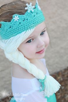 Elsa Crown with Hair [Free Crochet Pattern] Hats for girls Elsa Crown w. Elsa Crown with Hair [Free Crochet Pattern] Hats for girls Elsa Crown with Hair Free Croch Crochet Gratis, Crochet Amigurumi, Crochet Toys, Free Crochet, Knit Crochet, Crochet Mittens, Bonnet Crochet, Crochet Baby Hats, Crochet Beanie
